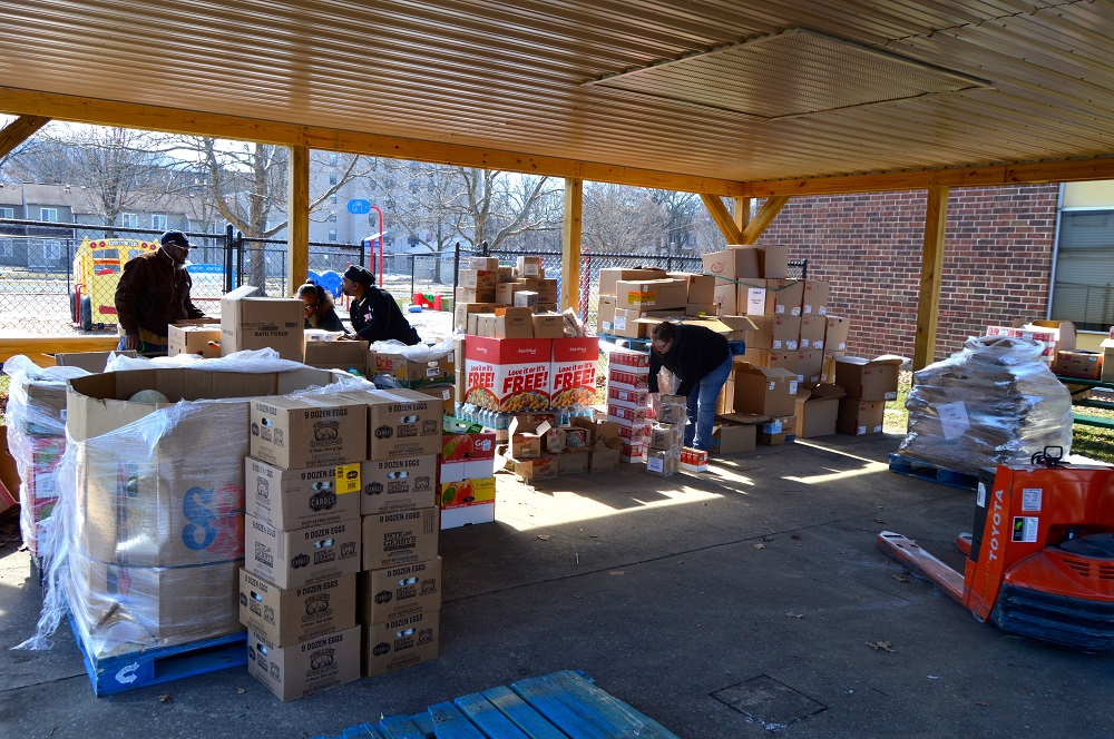 firetree place fresh express food bank with boxes